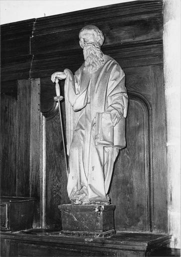 Statue : saint Paul, bois peint, vue de droite