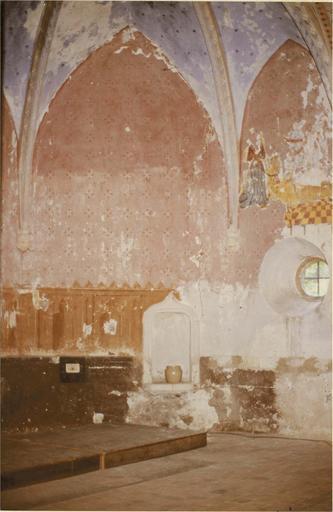 Peinture murale de l'abside, 15e siècle, détail de la partie droite et de la voute
