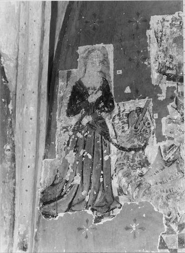 Peinture murale pan Sud de l'abside 15e siècle, détail de saint Georges terrassant le dragon et délivrant la princesse de Cappadoce (la princesse)