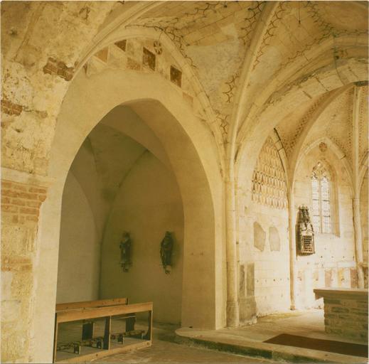 Peintures murales, vue de l'abside et du transept Nord