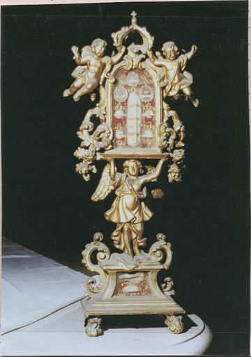 Reliquaire dit de Saint Anastasie, Saint Vincent, Saint Juste, Saint Mathieu apôtre, Saint Jérôme, Saint Polycarpe, Saint François-Régis, Sainte Victoire et Saint Christophe