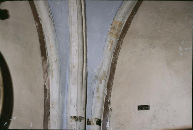 Peinture murale, fin 141e ou début 15e siècle, détail d'une ogive