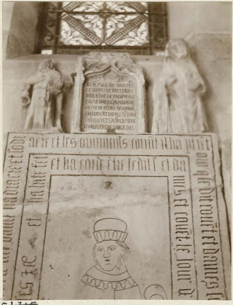 Plaque funéraire de dame Parise de Maladière, dalle funéraire, vue générale