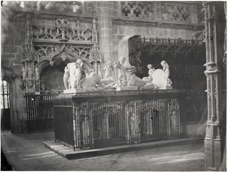 Tombeau de Philibert le Beau, duc de Savoie, stalles, vue générale