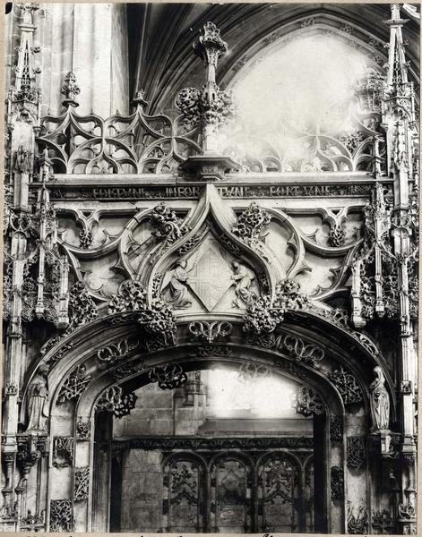 Tombeau de Marguerite d'Autriche, femme de Philibert le Beau, vue partielle