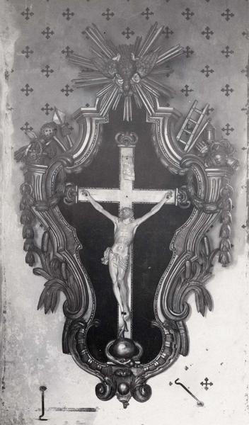 Croix (crucifix), vue générale