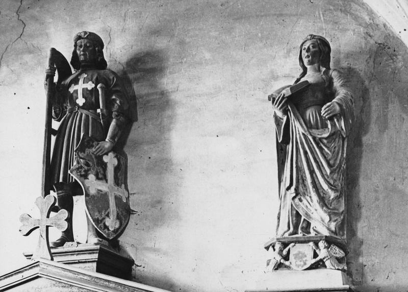 Statue : saint Maurice, statue féminine non identifiée, vue générale