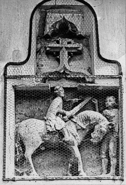 Groupe sculpté : saint Martin, vue générale
