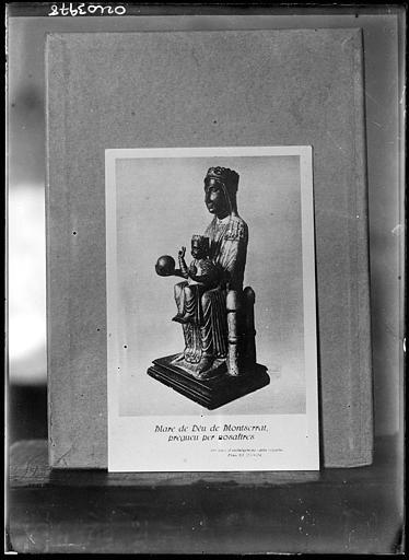 Reproduction d'un document : Statue de la Vierge, Mare de Déu de Montserrat