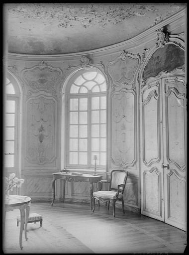 Antichambre : décoration et meubles