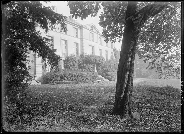 Château dit Maison Nationale des Artistes