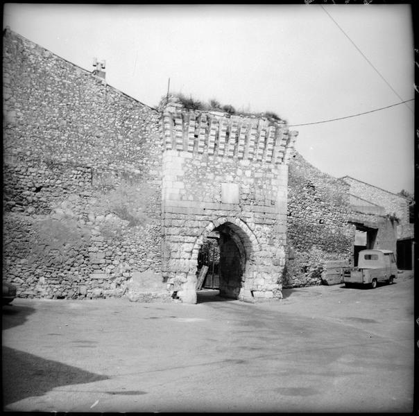 Porte de ville Sainte-Anne