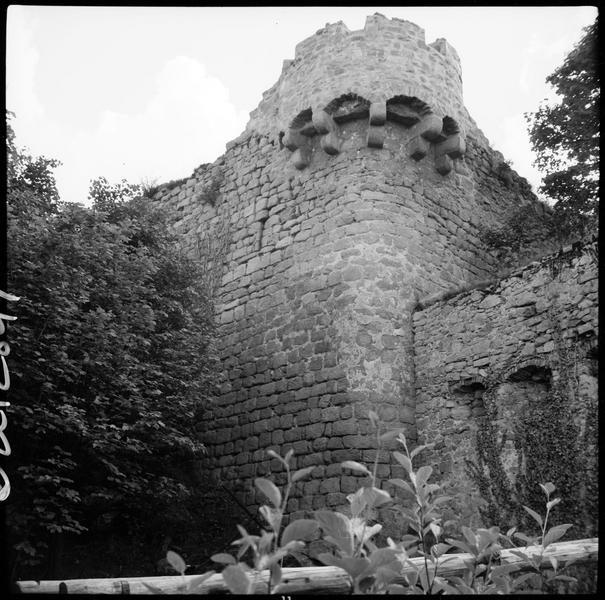 Enceinte en ruines