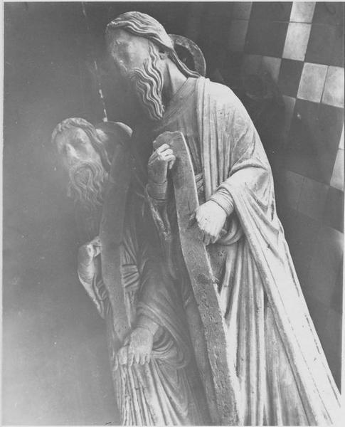 Statues: apôtres, vue générale