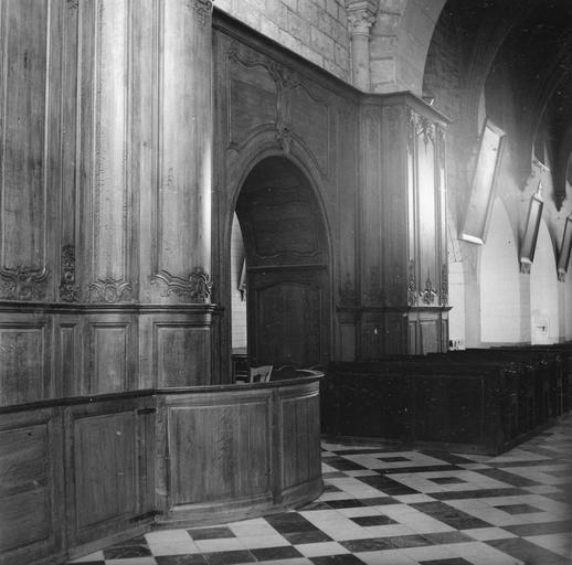 lambris de revêtement du transept