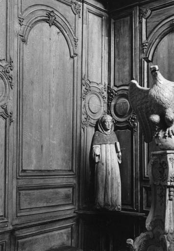 Statue : saint en habit de moine, bois, 16e siècle