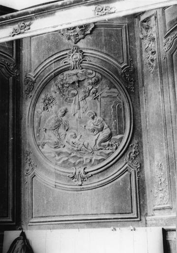 Lambris de revêtement, bas-relief représentant La Nativité, bois, 18e siècle