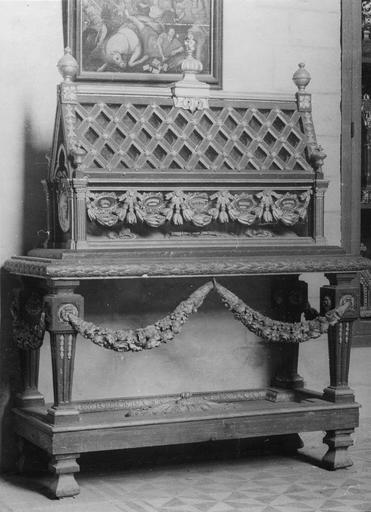 Châsse dite de saint Béat et sa table, bois, 18e siècle