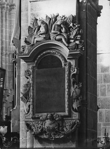 Plaque funéraire de Nicolas-François Levent, bourgeois de Laon