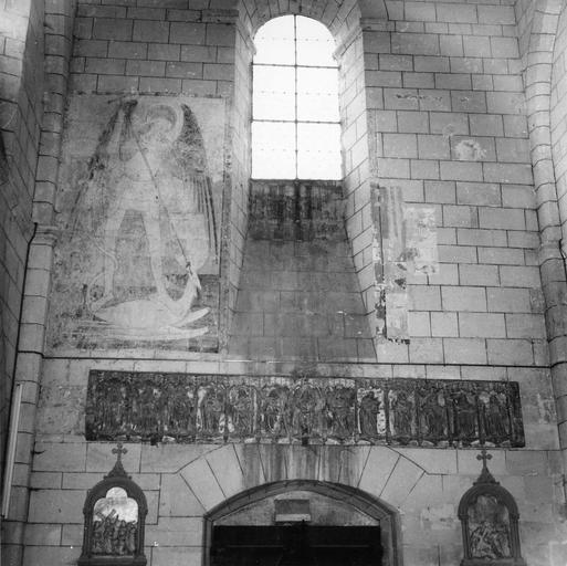 Peinture monumentale : saint Michel