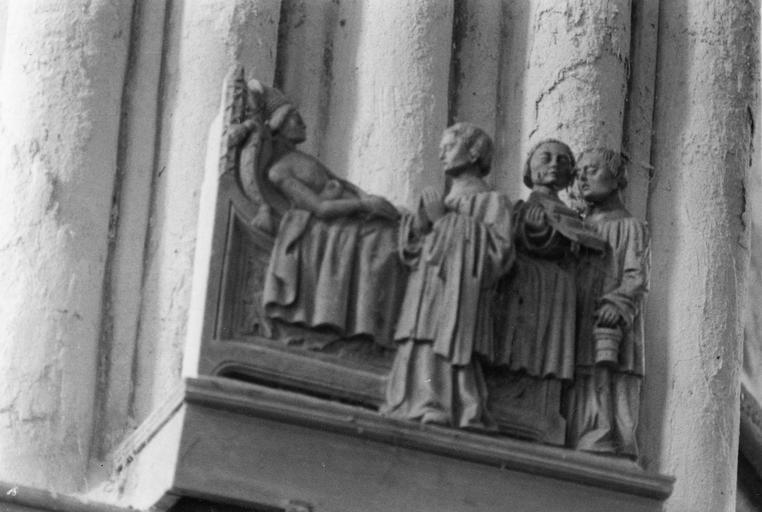 Groupe sculpté  : La Mort de saint Martin