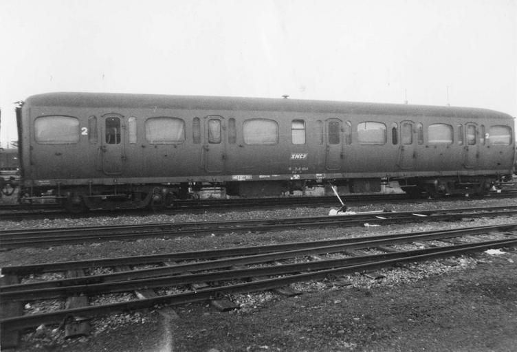 Rame de six véhicules type express, B11Tz47433