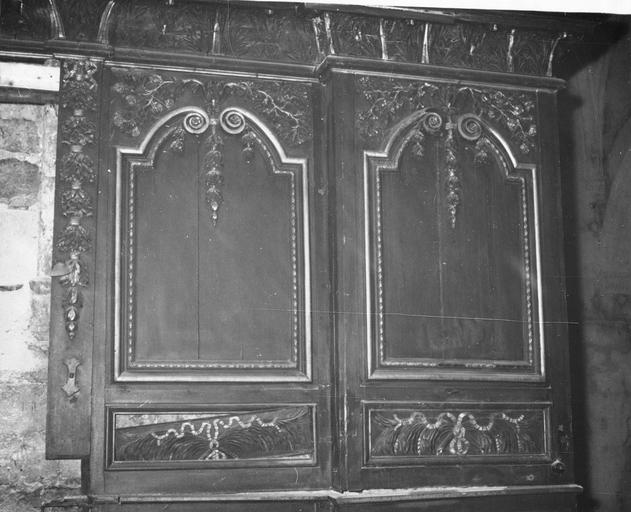 Lambris de revêtement, boiseries du choeur, côté droit, 17e siècle