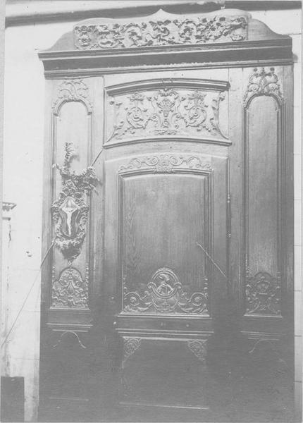 lambris de revêtement, porte de la sacristie, vue générale