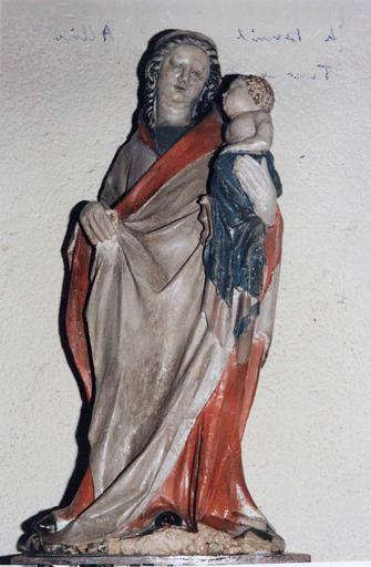 Statue : Vierge à l'Enfant, après restauration