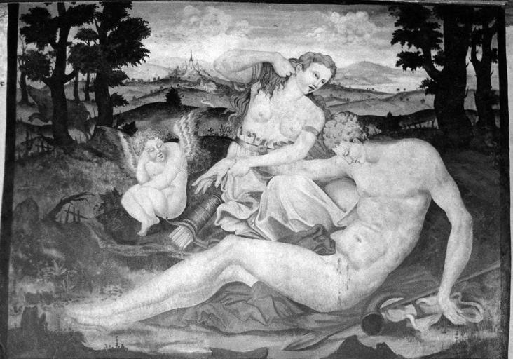 Cheminée du 1er, peinture murale ornant la scène principale, 16e siècle, après restauration