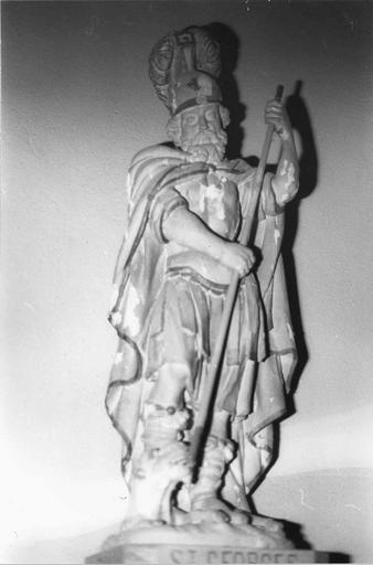 Statue : saint Georges, bois polychrome, 18e siècle