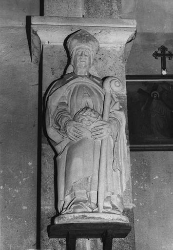 Statue : saint Mammes, pierre, 16e siècle