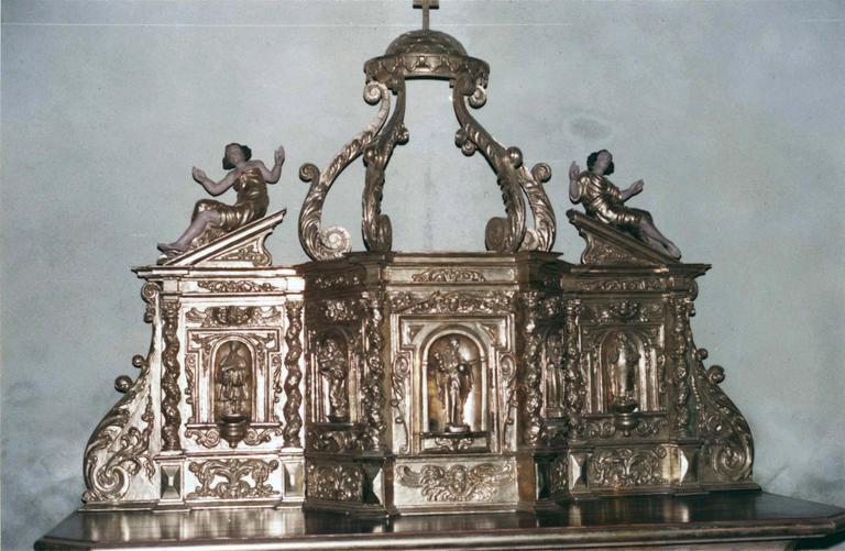 Tabernacle, bois doré, 18e siècle, restauration en 1982, détail de la partie haute