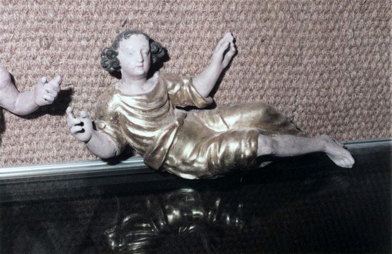 Tabernacle, bois doré, 18e siècle, restauration en 1982, détail d'une statuette ornant la partie haute, côté droit