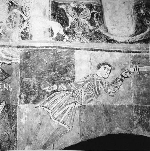 Peintures murales, 12e-15e siècles, détail d'un personnage avec une épée, après restauration
