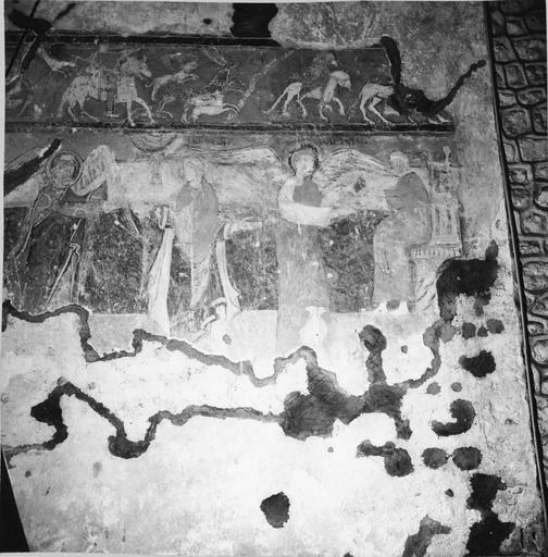 Peintures murales, 12e-15e siècles, détail de l'Annonciation et de Raphaël et Tobias, avant restauration