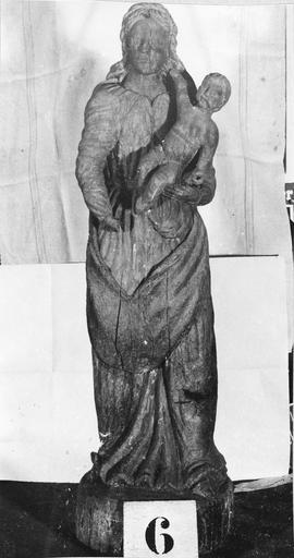 Statue : Vierge à l'Enfant, bois, 17e siècle, volée