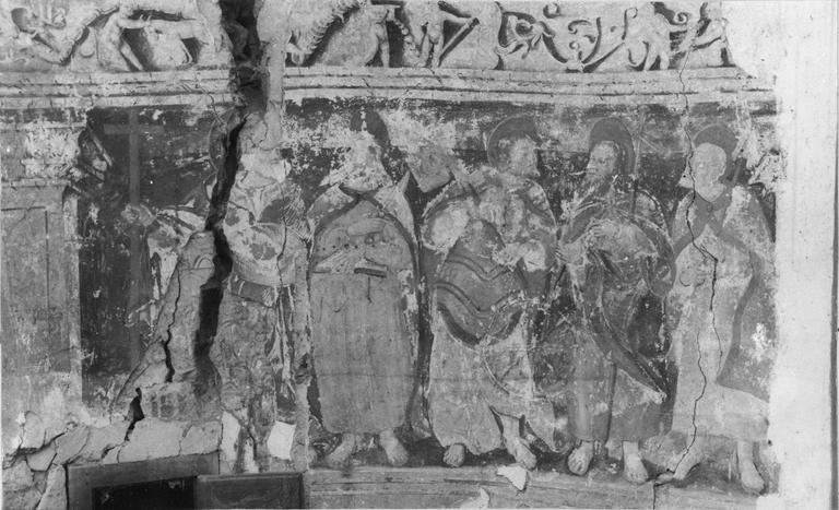 Peinture monumentale fragmentaire représentant des saints personnages, transposée sur toile fin 15e siècle, détail de la partie gauche