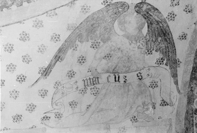 Peinture monumentale, fin 12e à fin 14e siècle, ange tenant un philactère au nom de Mathieu, bas-côté Sud, après restauration