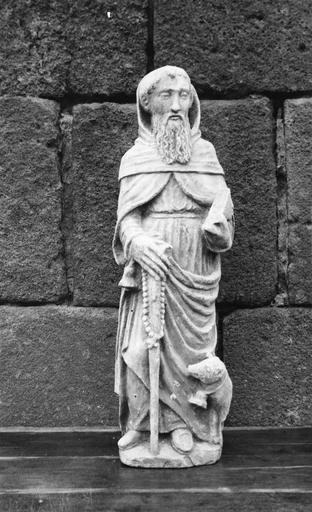 Statue de saint Antoine, pierre, 16e siècle, vue de face