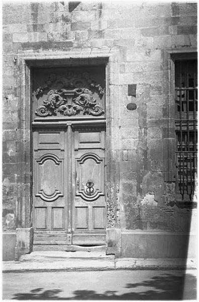 Porte d'entrée à imposte