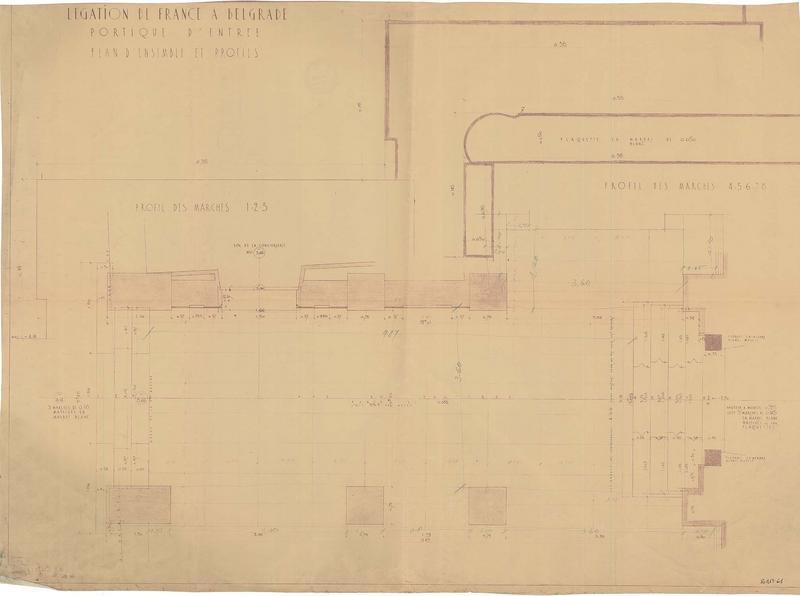 Plan d'ensemble et profils du plafond du portique d'entrée