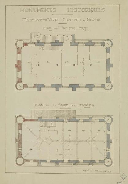 Bâtiment dit du vieux chapitre. Plans des combles et du premier étage. Indication des travaux.
