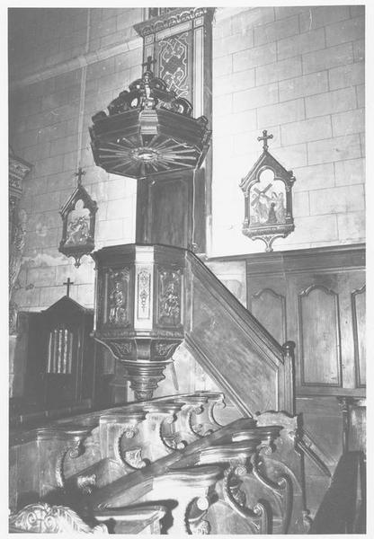 Chaire à prêcher (abat-voix)