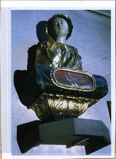 Buste-reliquaire et socle appartenant à une paire représentant sainte Reparate et sainte Jocondine