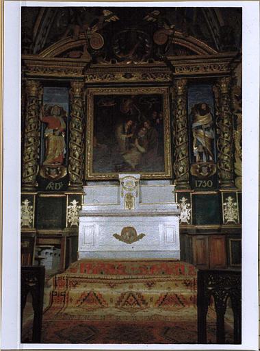 Retable, tableau : Agonie de saint Martin et deux statues : saint Pierre et saint Paul