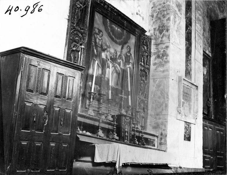 retable de la chapelle des âmes du purgatoire (ancienne disposition); tableau, cadre : saint évêque, sainte Catherine et sainte Marguerite, vue générale