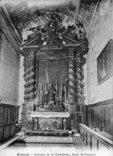 Autel, tabernacle, statue : sainte Anne enseignant la Vierge, retable (autel de sainte Anne)