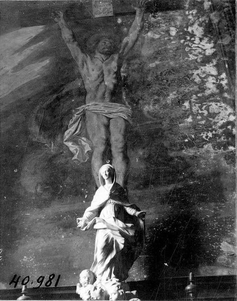 Statue : Vierge de l'Assomption debout sur des nuages