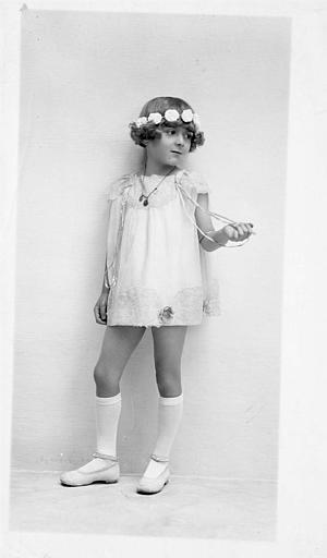Portrait de Régine Dumien enfant